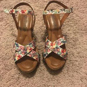 Galibelle Sandals size 7